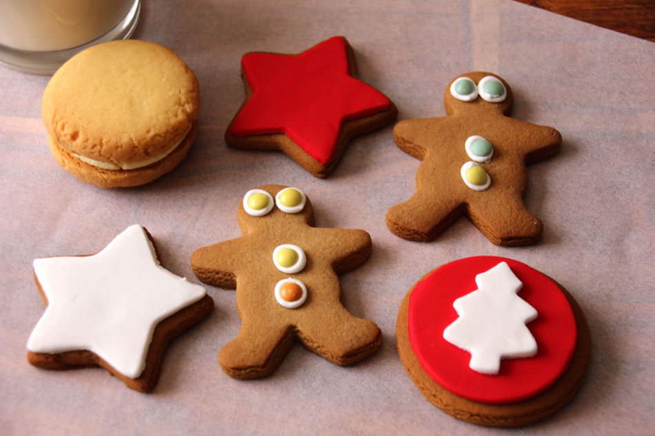 Molly-Woppy-Christmas-Gingerbread-Lemon-shortbread-cookies-Whistler-Foods-NZ